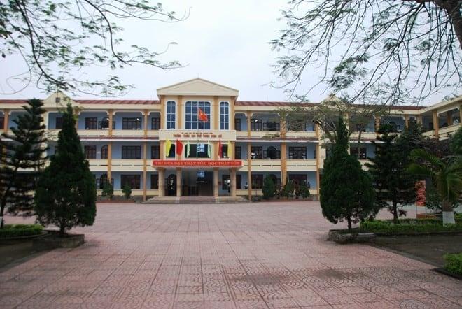 Trường cấp 3 tại quận hoàn kiếm