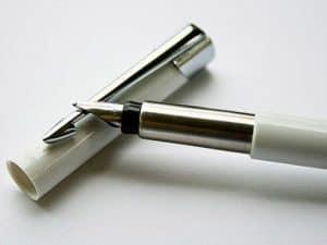 Tư vấn chọn bút máy viết đẹp cho trẻ Tiểu Học